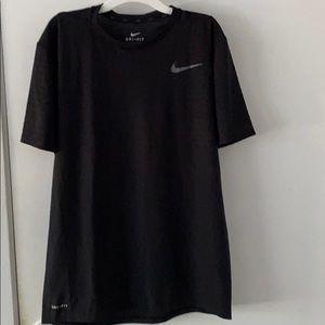 Nike Zonal Cooling Shirt